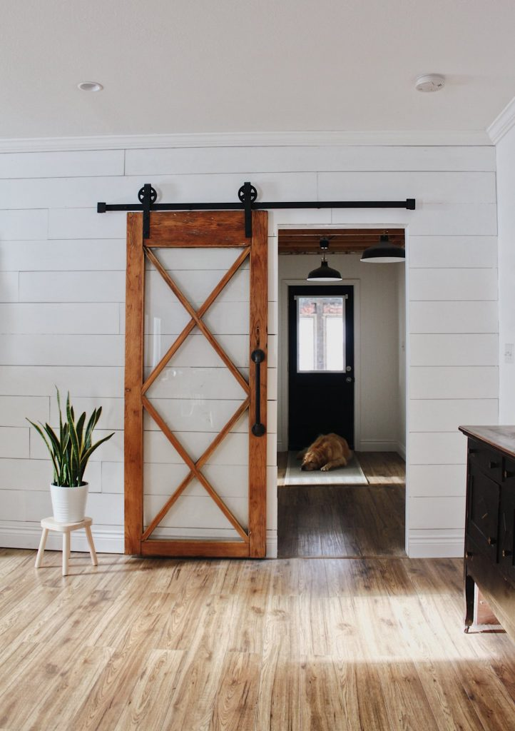 barn door without header