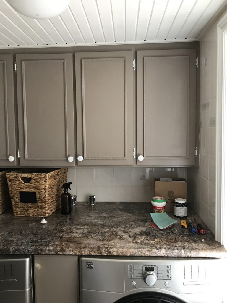 old cabinets before DIY shaker cabinets are built