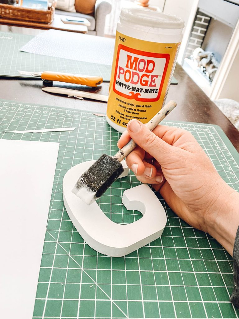 creating DIY wall letters with mod podge