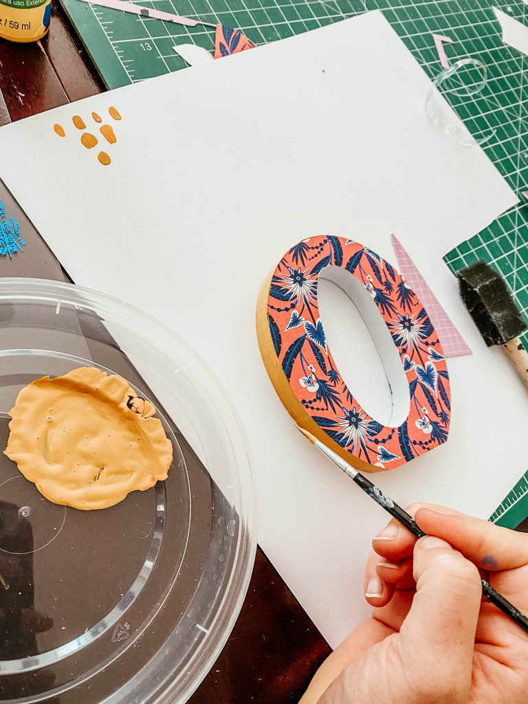painting wall letters
