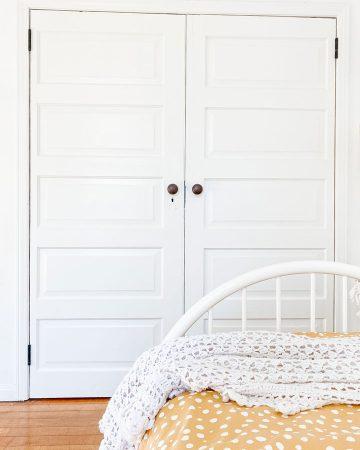 closet doors in bedroom