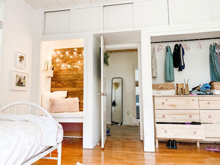 bedroom without closet doors