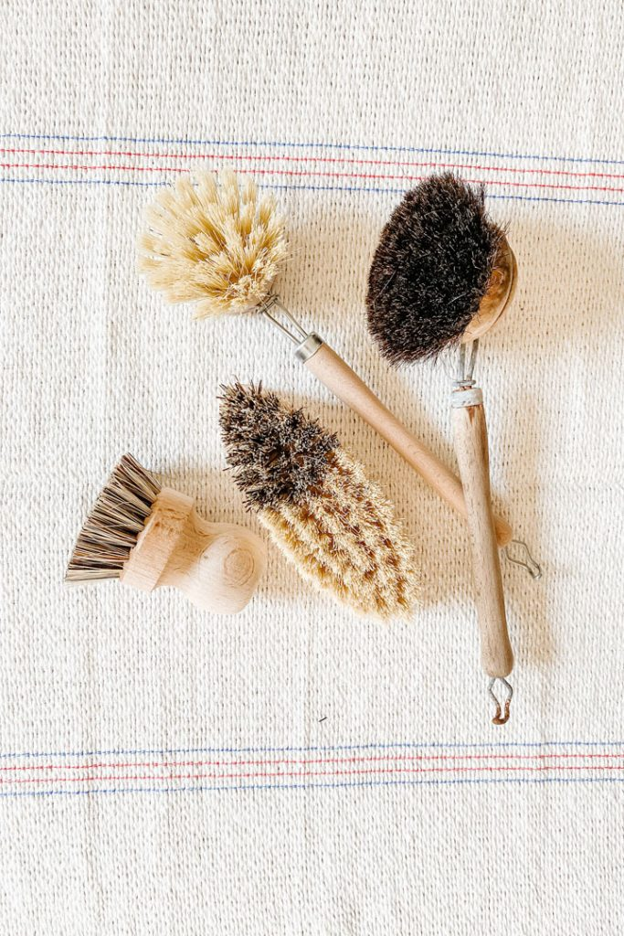 four eco-friendlykitchen cleaning brushes